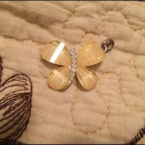 Jewelry - BNWOT Pendant
